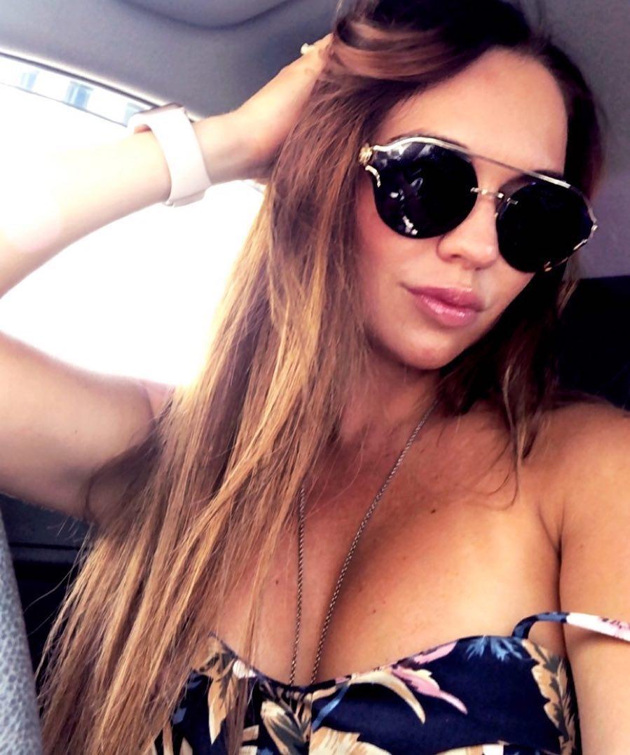 Beautiful Polish Women hip ratio and