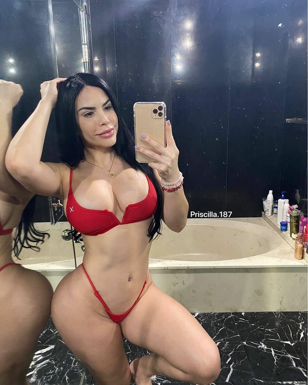 Beautiful Bolivian Women men and